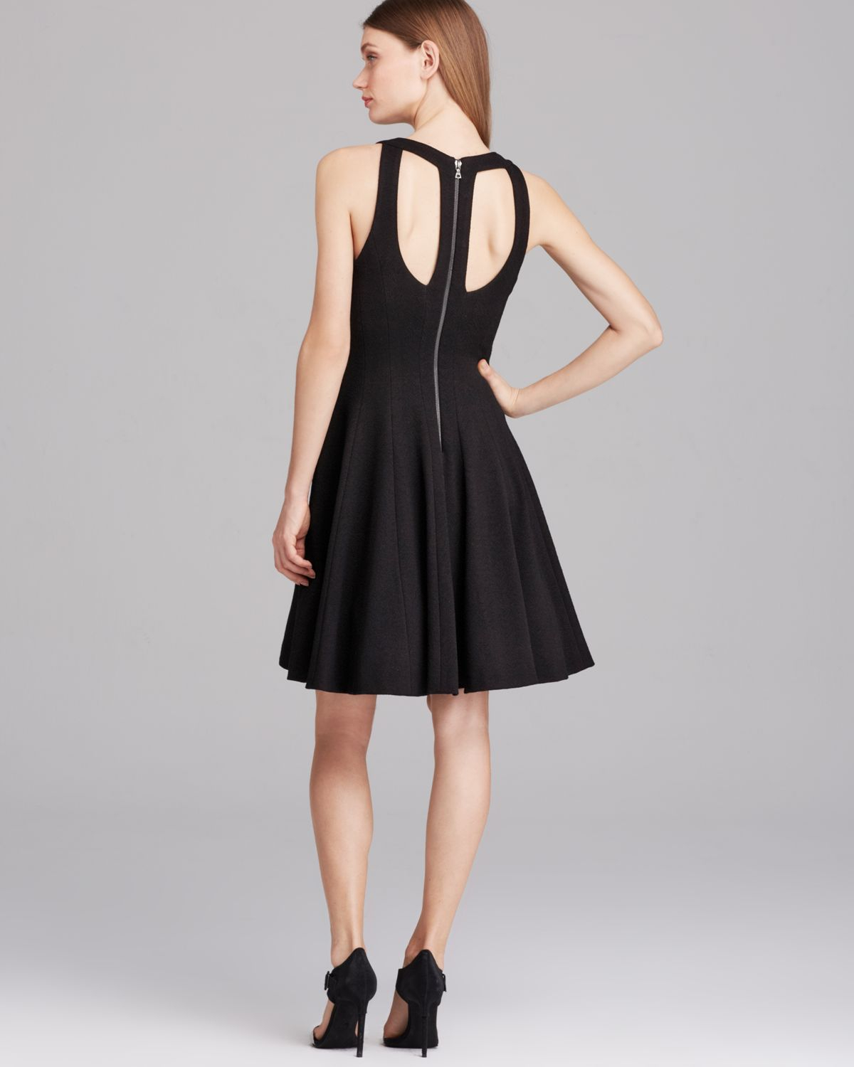 Vera Wang Dress Sleeveless Cutout Back Fit And Flare In