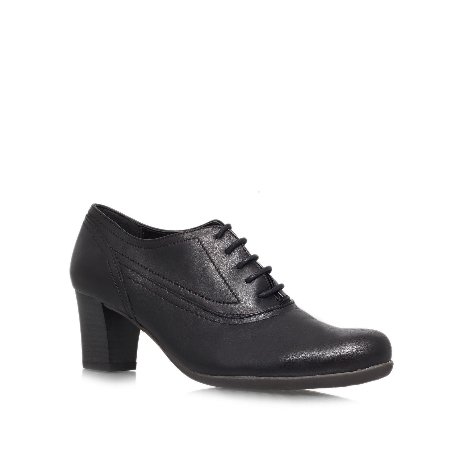 Carvela Kurt Geiger Andrea Mid Heeled Court Shoes In Black