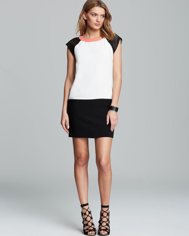 Black white cap sleeve dress