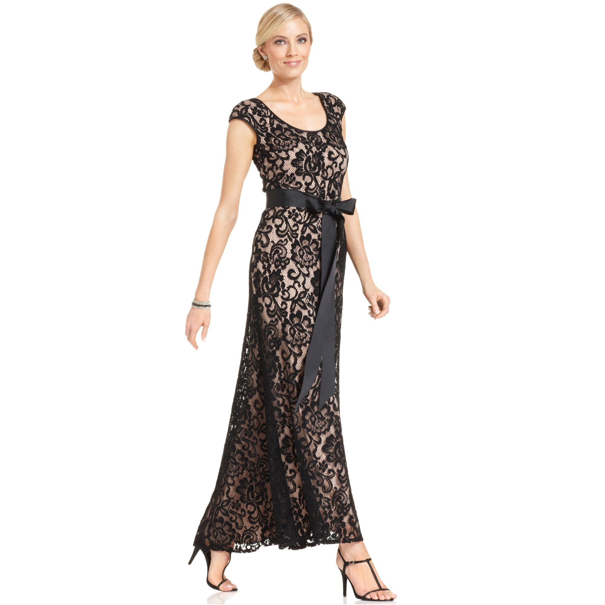 61bc77a1c819 Lyst - Betsy   Adam Capsleeve Belted Lace Gown in Black