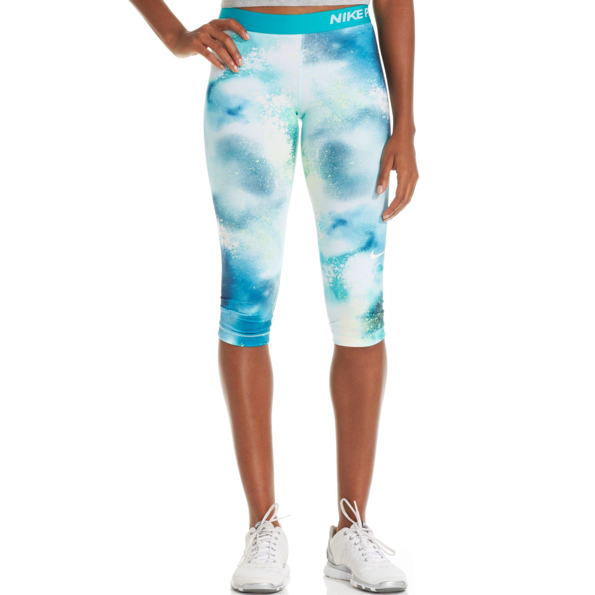 Nike Pro Dri-fit Printed Capri Leggings in Blue | Lyst