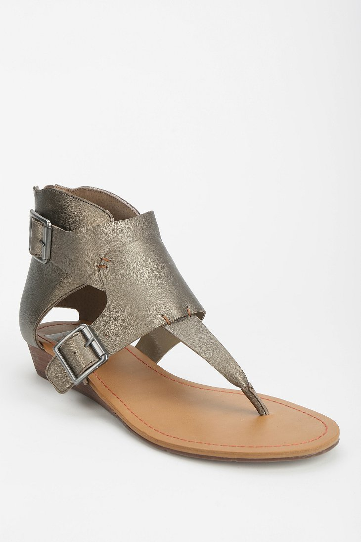 637e6d563c9 Lyst - Dolce Vita Andy Thong Sandal in Metallic