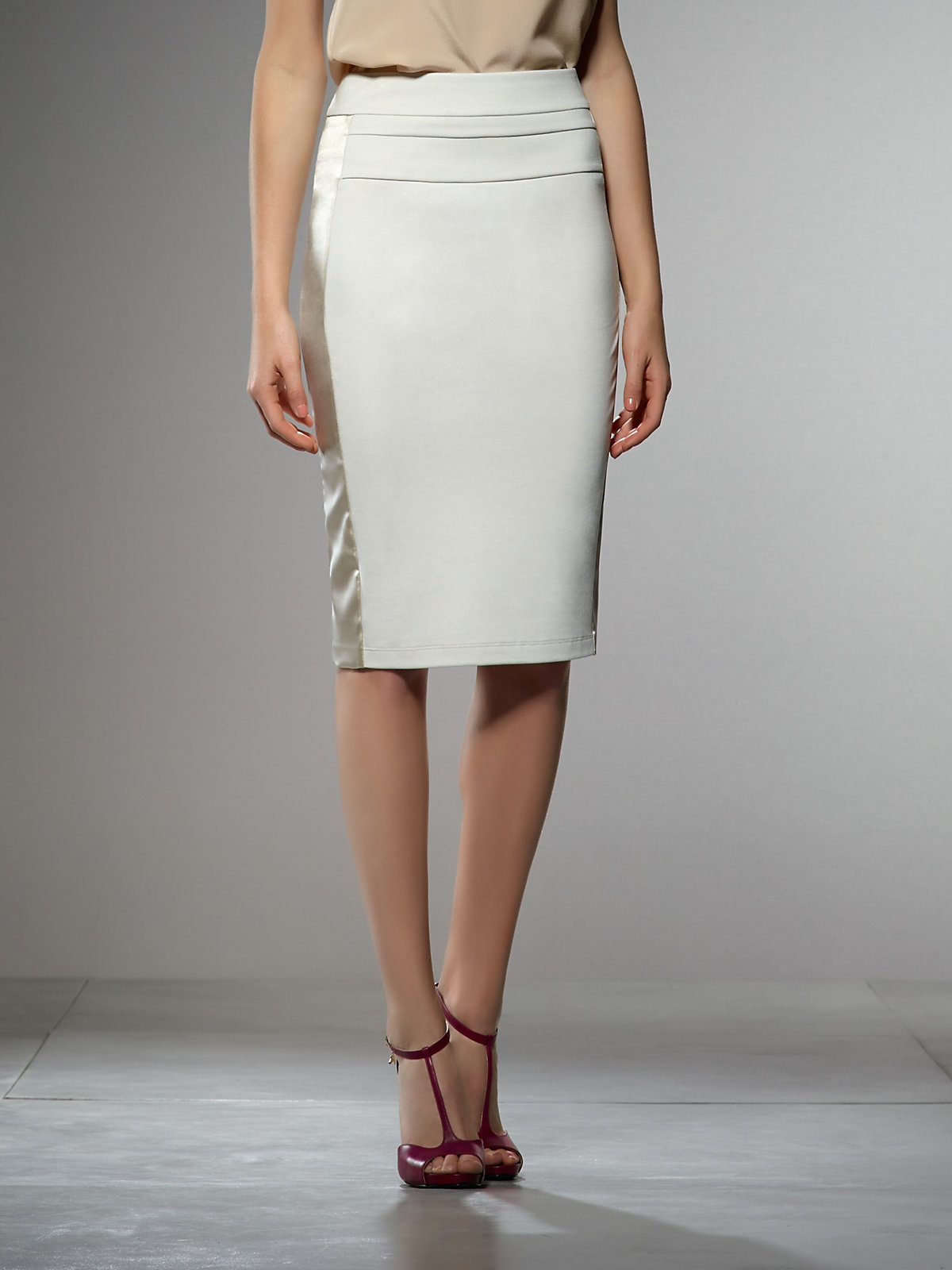 Patrizia Pepe High-Waisted Pencil Skirt In Light Stitched ...
