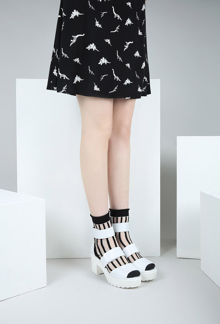 forever 21 the whitepepper strapped chunky sandals in