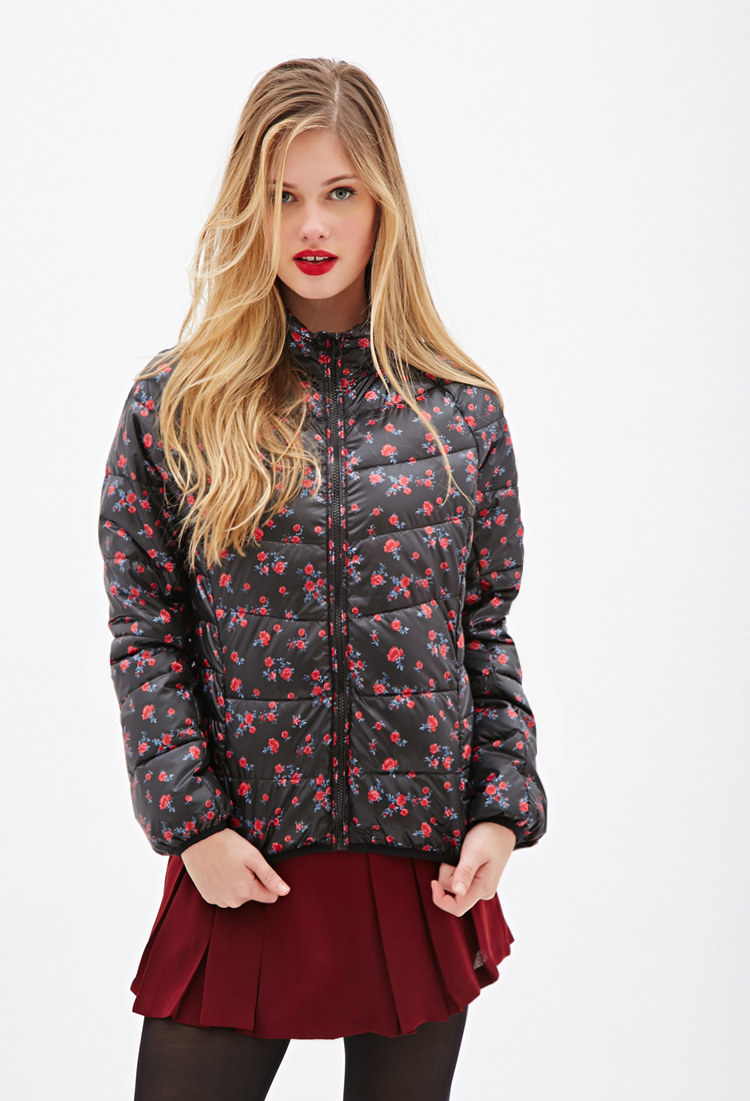 8b200dc52 Forever 21 Rose Print Puffer Jacket in Black - Lyst