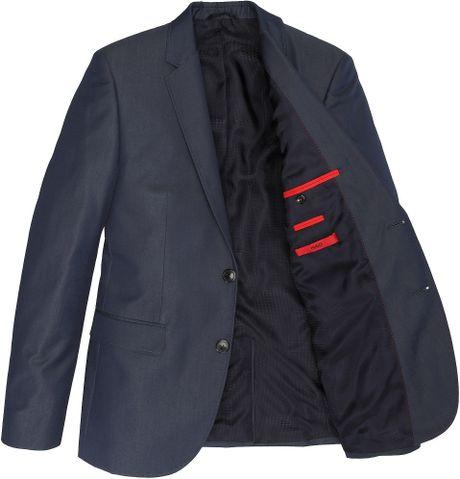 【メンズの大定番*】テーラードジャケットの着こなし・シチュエーション別