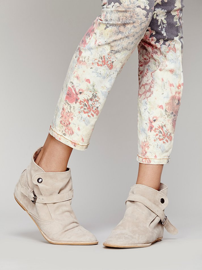 Free People Ties To Simplicity Boot in Sand (Natural)