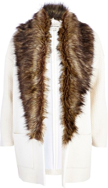 River Island Cream Square Quilted Faux Fur Collar Jacket