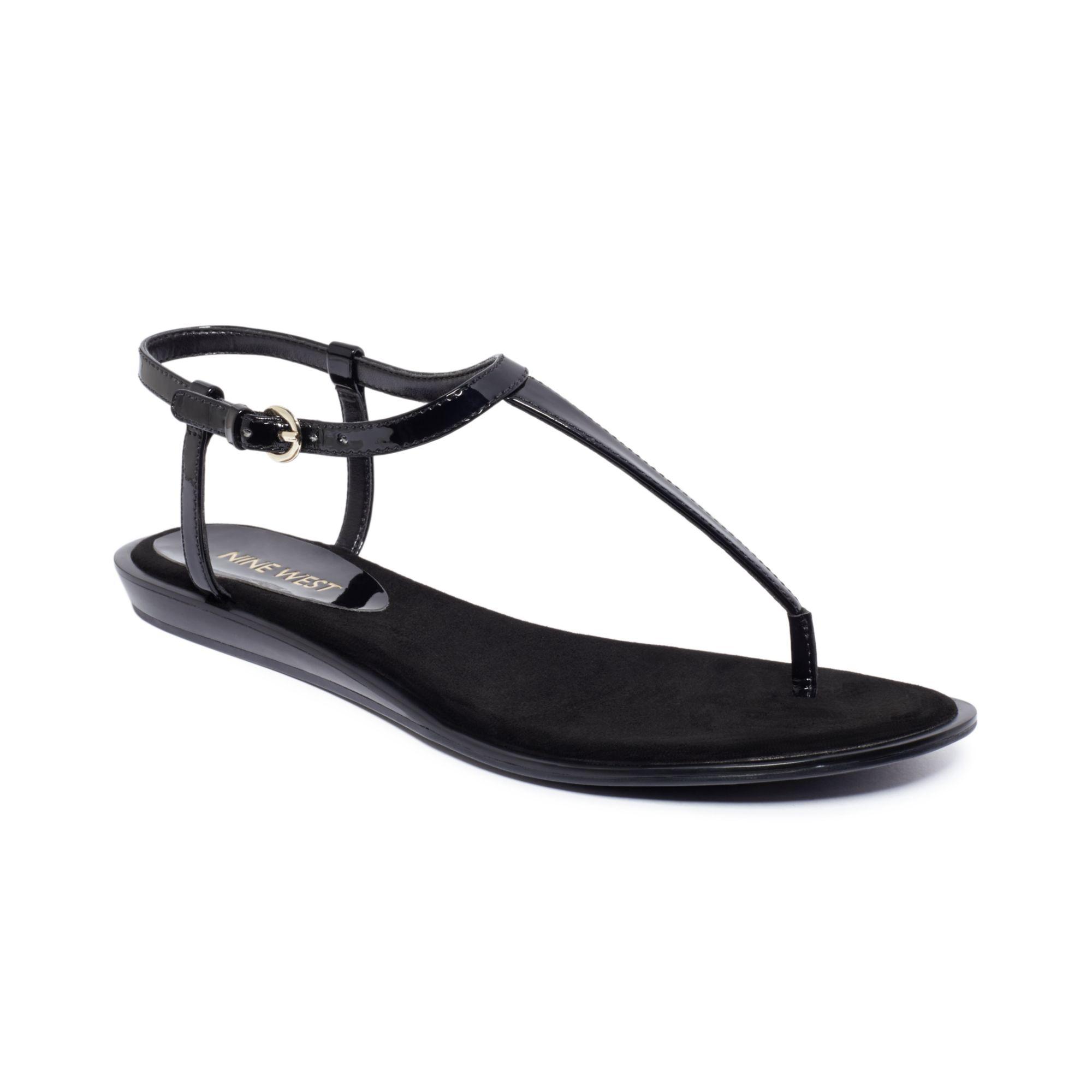 Nine West Venga Thong Sandals in Black