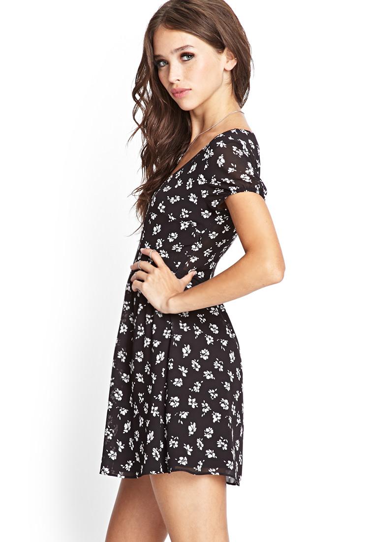 74c3462df800 Forever 21 Dainty Floral Babydoll Dress in Black - Lyst