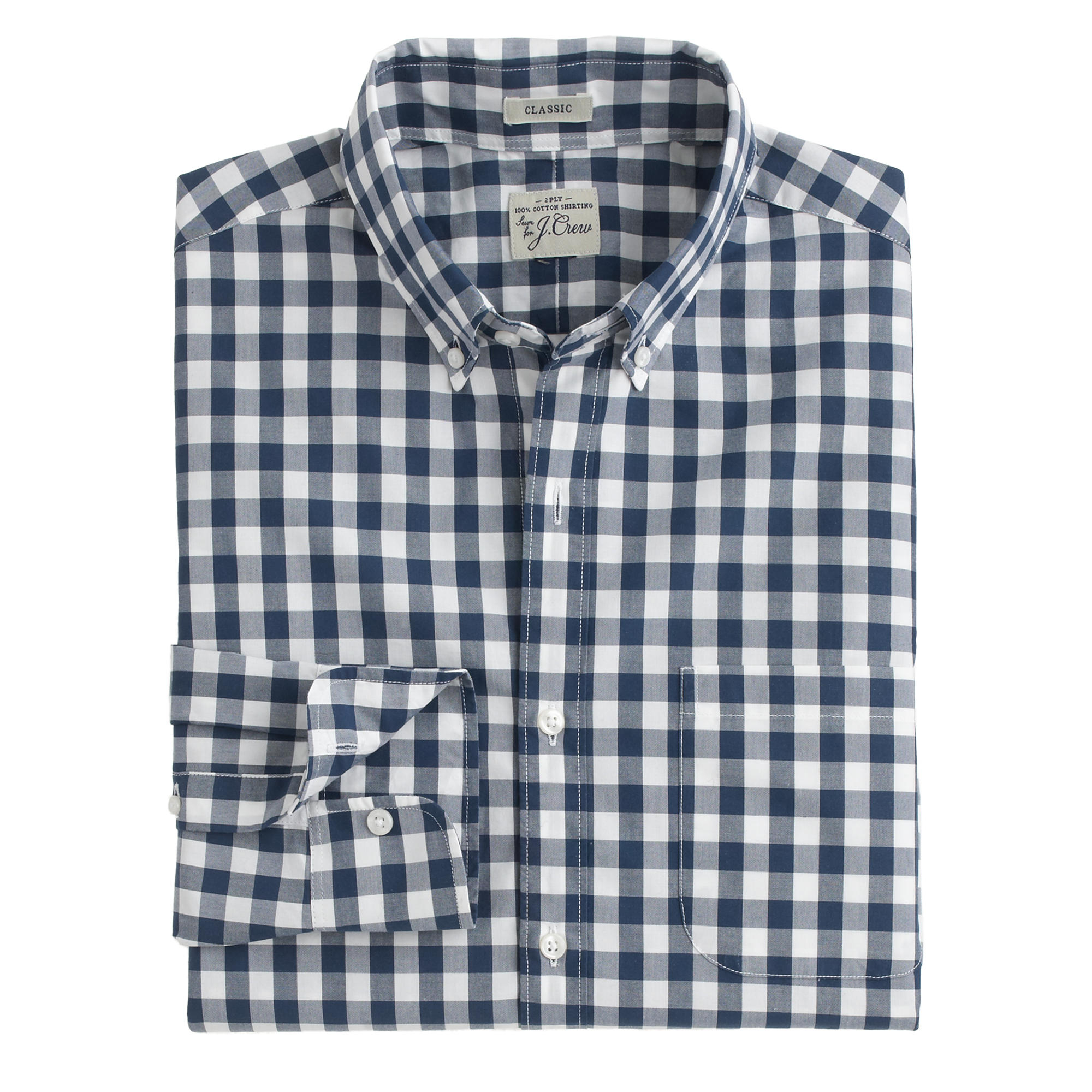 Gingham forges on as an integral part of the spring, and summer style landscape; be it as a dress shirt (Zac's choice, above), a pocket square, a table cloth even that apron you toss on when.