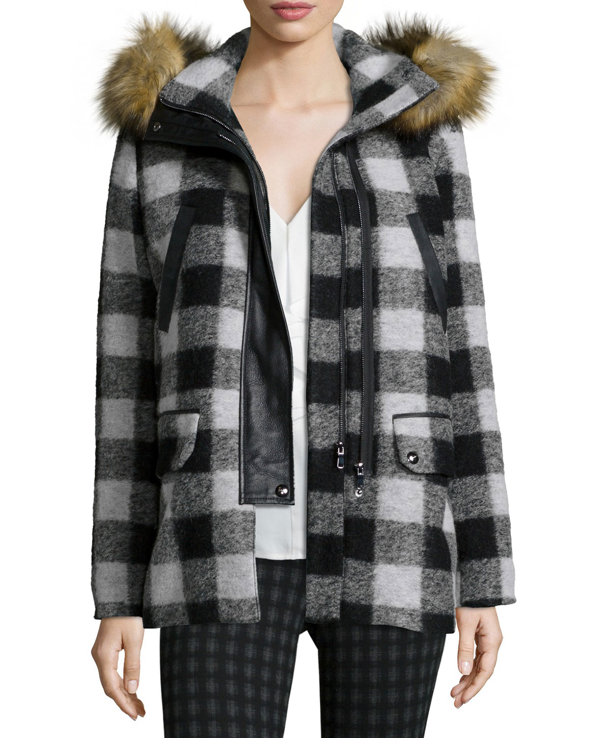 Stradivarius parka jacket with fur hood. £ Noisy May Tall faux fur padded parka. £ Vero Moda Tall Faux Fur Hooded Padded Jacket. £ Story Of Lola Oversized Zip Front Hooded Jacket In Faux Fur. £ Mamalicious quilted coat with post birth functionality. £