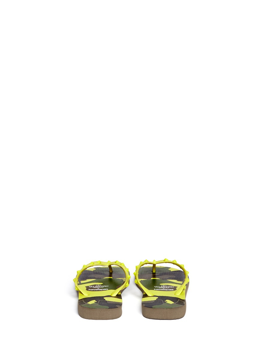 Valentino X Havaianas Studded Flip Flops In Yellow For Men -3290