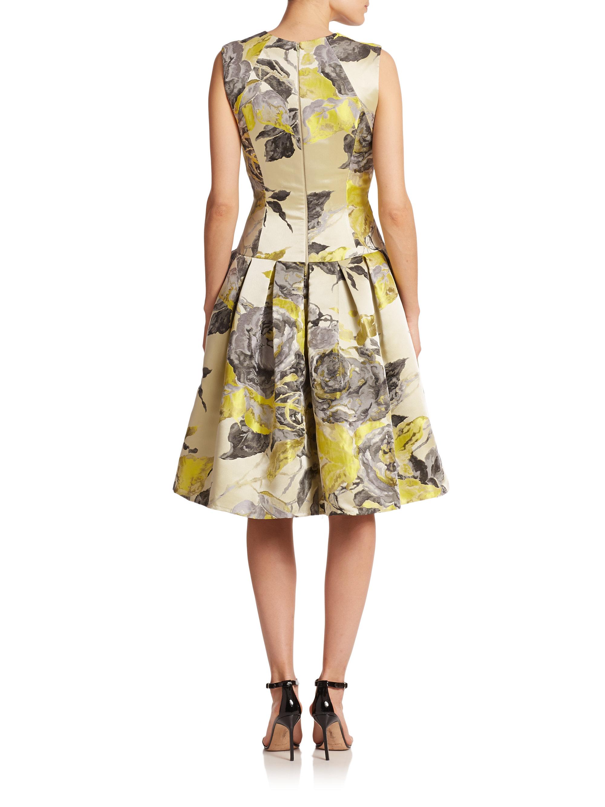 Carmen marc valvo Rose-patterned Brocade Dress in Yellow | Lyst