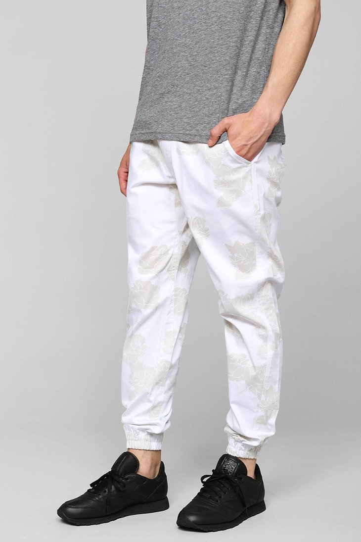 Shop online for Men's Joggers & Sweatpants at manga-hub.tk Find a tapered fit perfect for casual wear. Free Shipping. Free Returns. All the time.