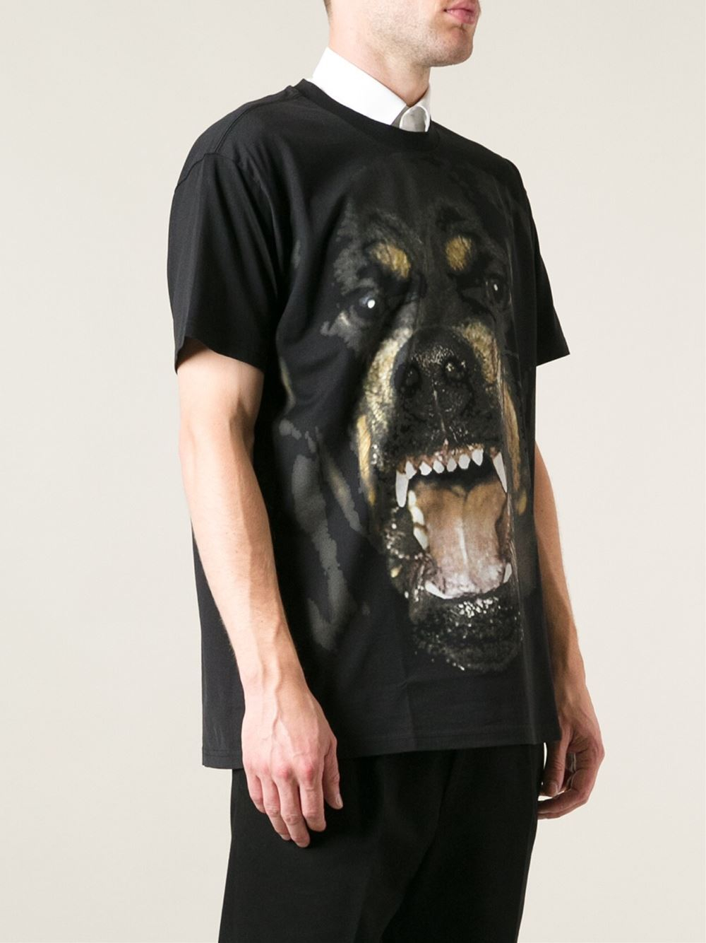 givenchy mens angry dog t shirt 6am. Black Bedroom Furniture Sets. Home Design Ideas