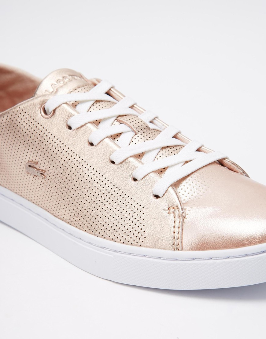 lacoste showcourt lace 2 rose gold leather trainers in pink rosegold lyst. Black Bedroom Furniture Sets. Home Design Ideas