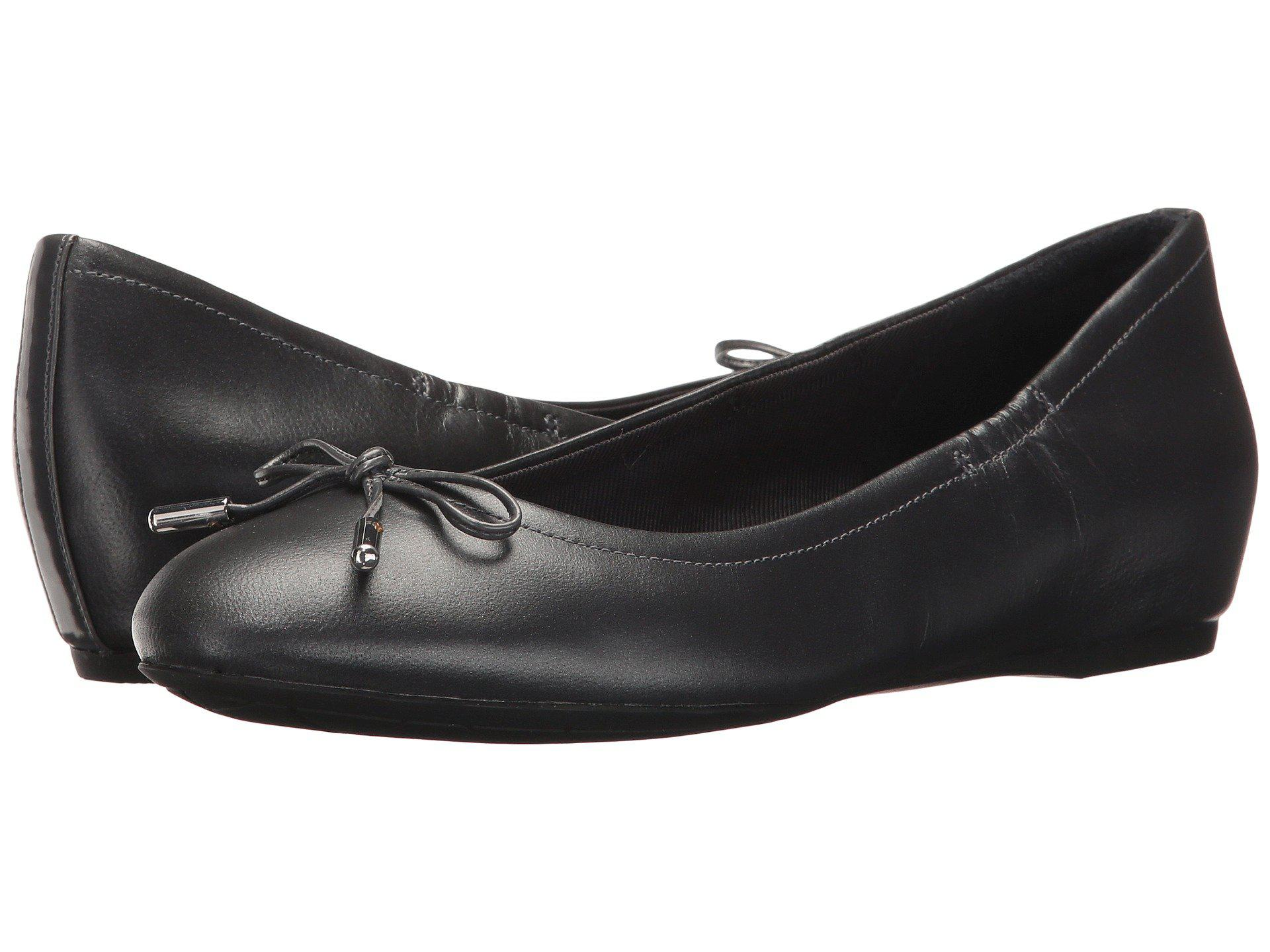 Rockport Total Motion Hidden Wedge Tied Ballet Flat(Women's) -Onyx Leather Cheap Footaction View For Sale Lazh8izGHb