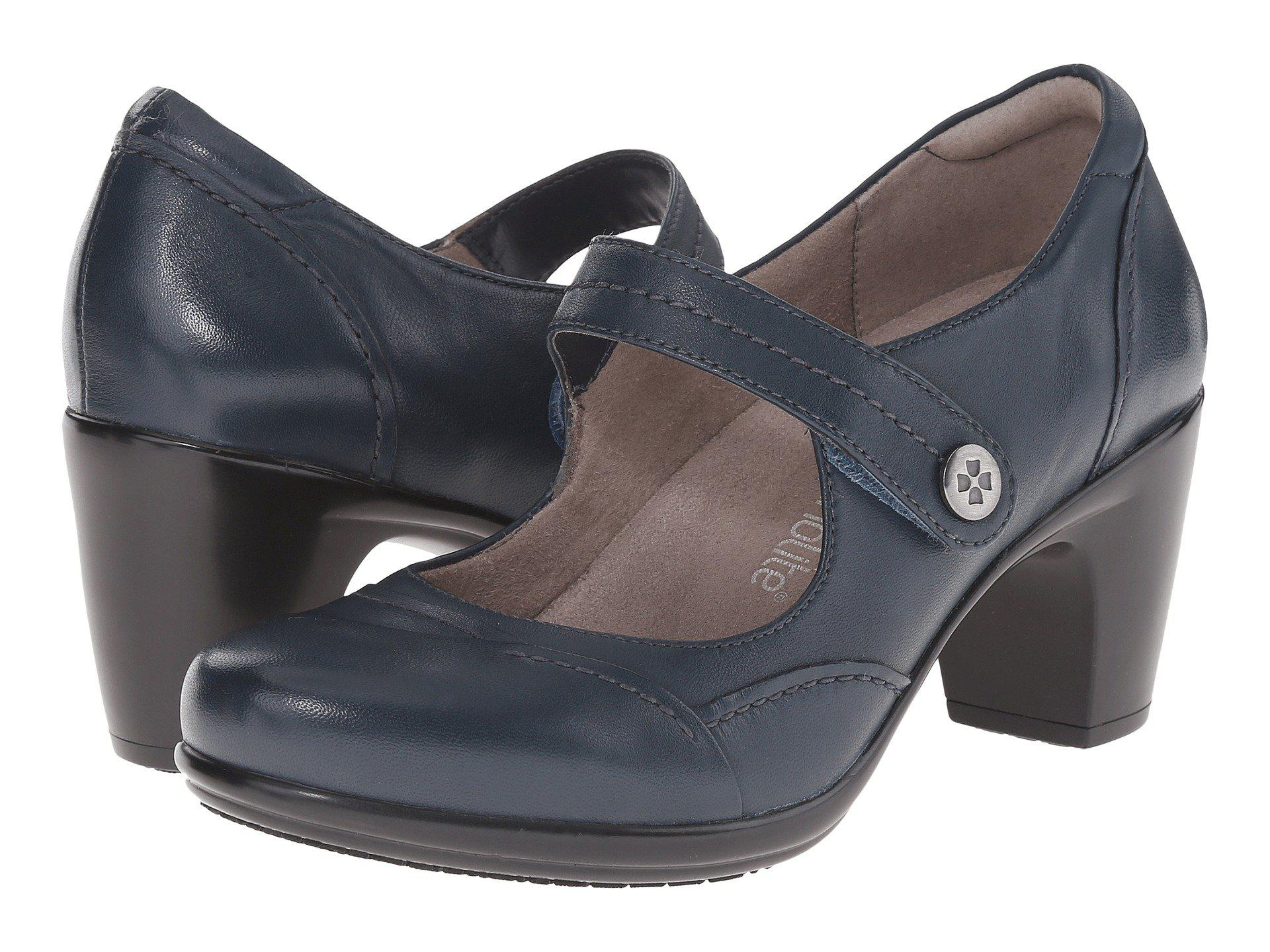 Womens Shoes Naturalizer Venue Classic Navy Leather