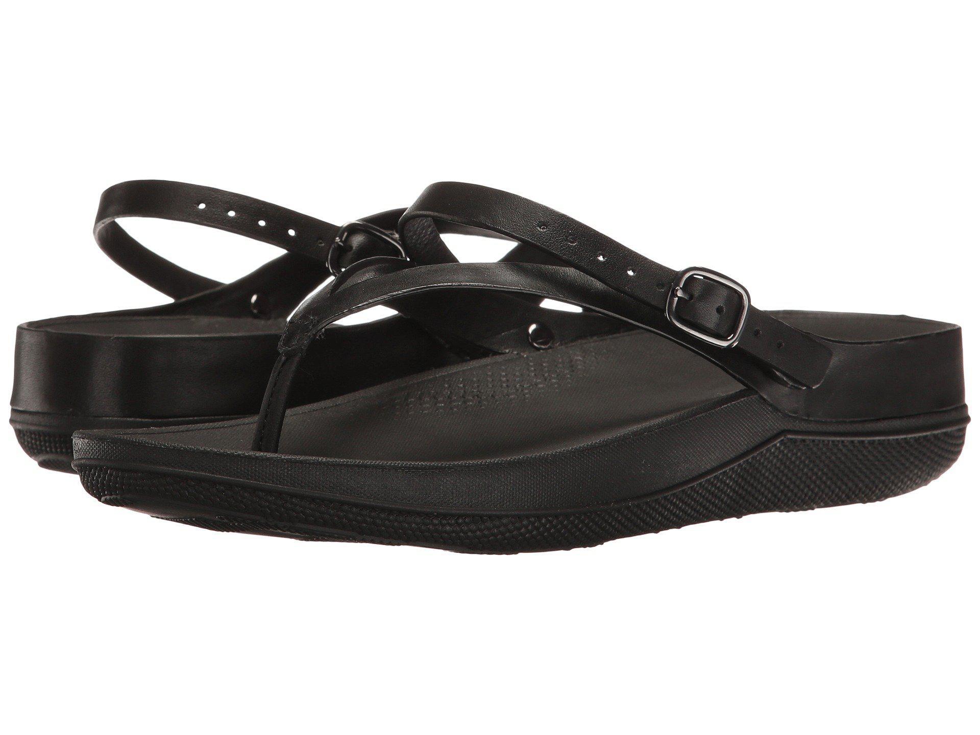 28495ecbaa631 Lyst - Fitflop Flip Leather Sandals in Black