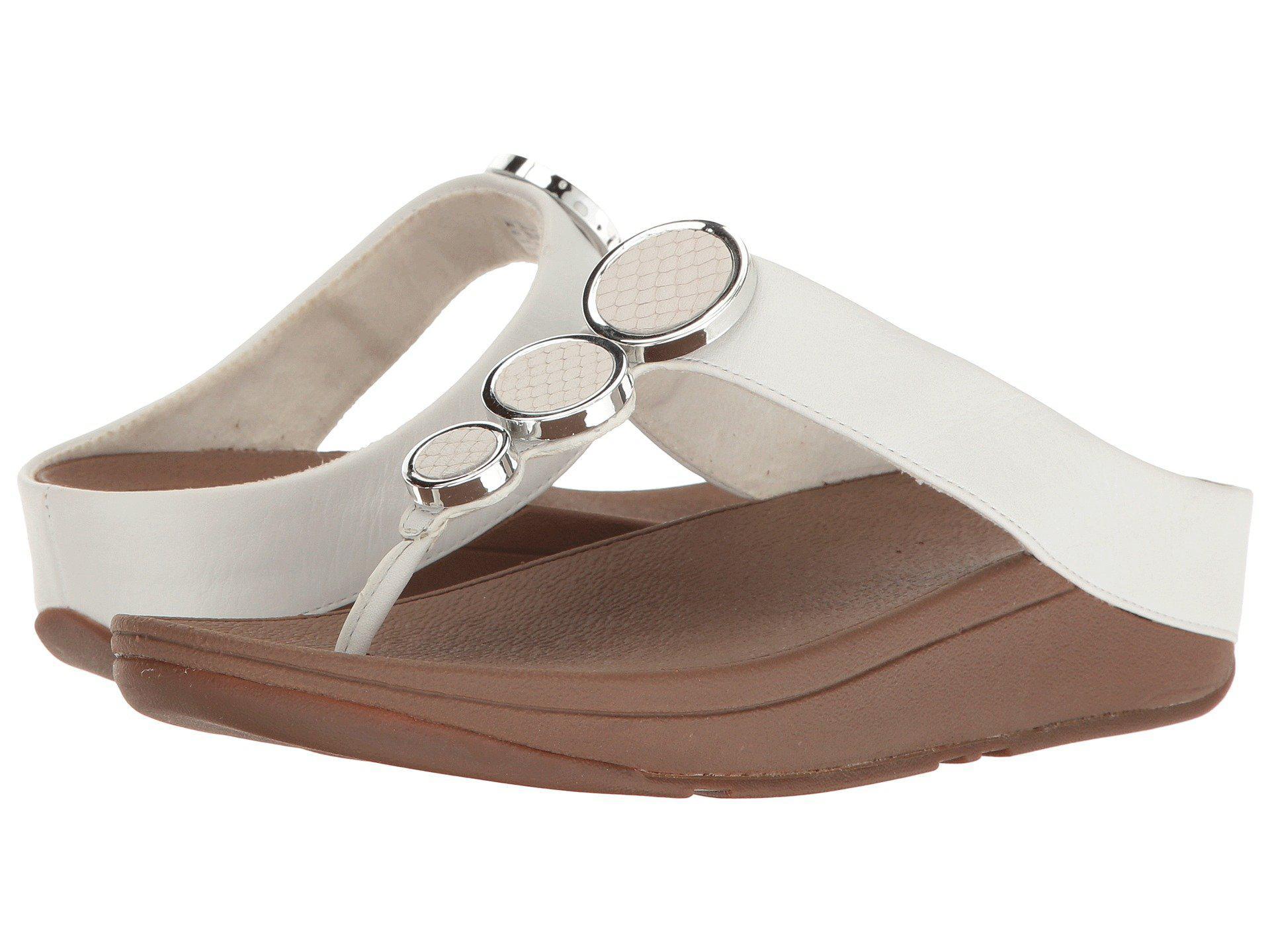 a0d811f8ea2e Lyst - Fitflop Halo Toe Thong Sandals