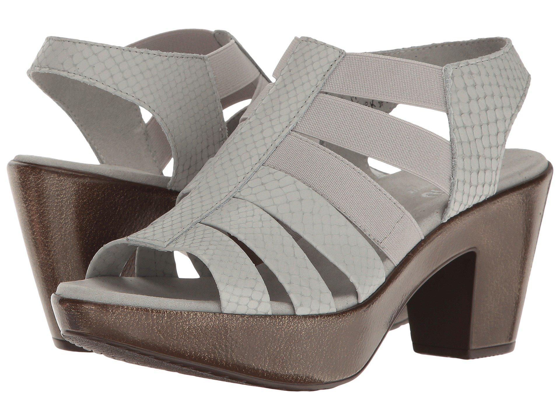 bbdb447b3c3 Lyst - Munro Cookie in Gray - Save 39%