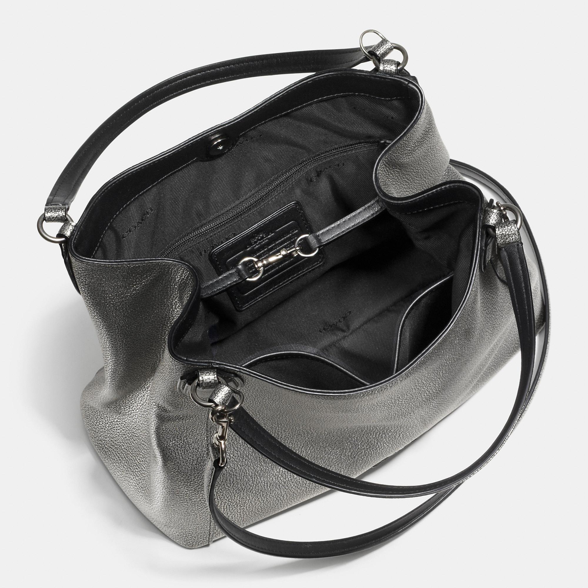 Bag Shoulder Metallic Pebble Lyst 28 Coach In Black Edie Leather wtqKtBEX
