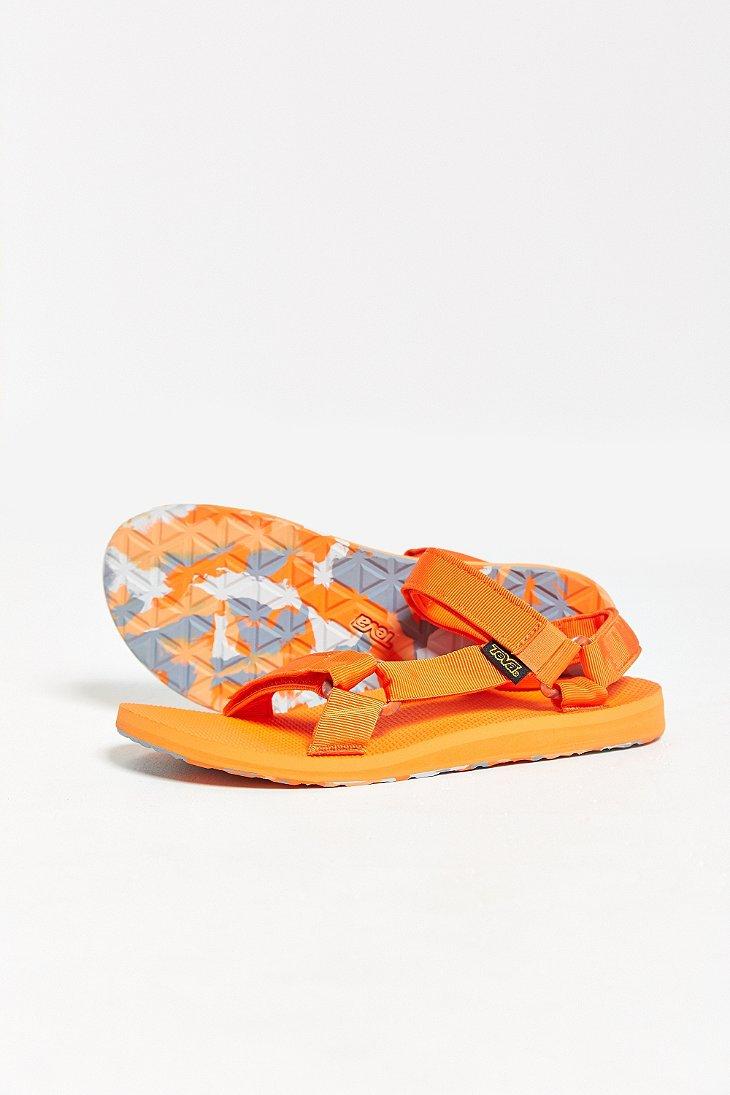 Teva Original Universal Marbled Sandal In Bright Red