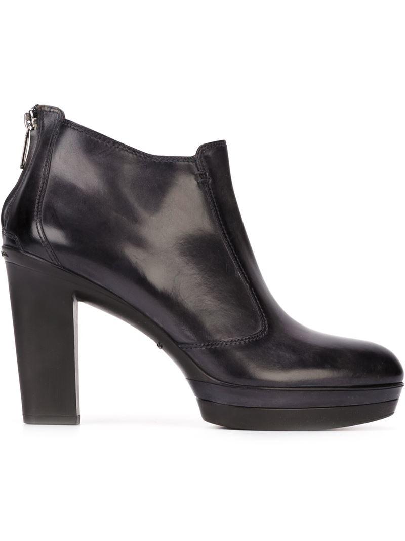 santoni chunky heel ankle boots in black lyst