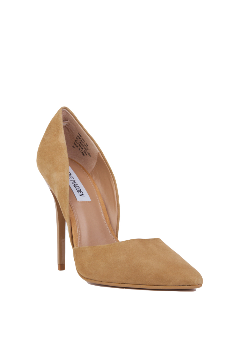9b53c57542e Lyst - Steve Madden Varcityy Pointed Toe Pumps - Sand Suede in Natural