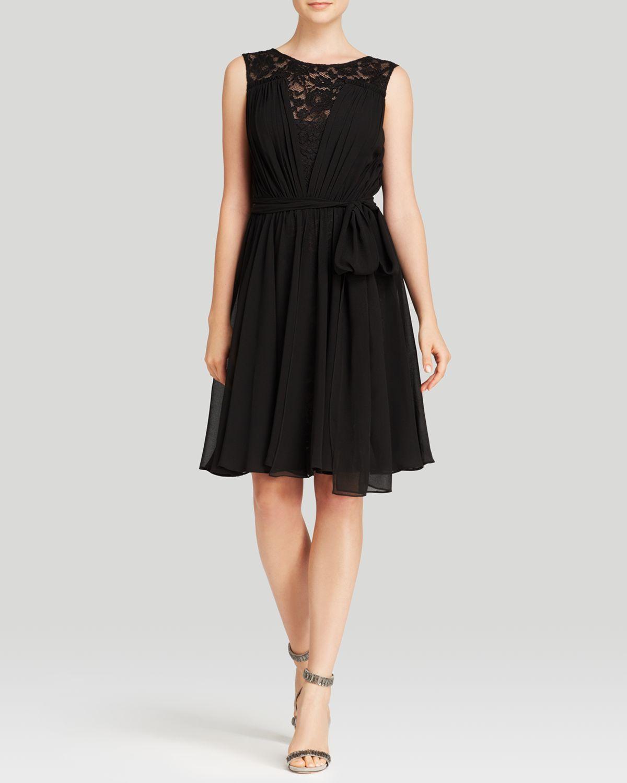 Vera Wang Dress Sleeveless Lace Illusion Neck Chiffon