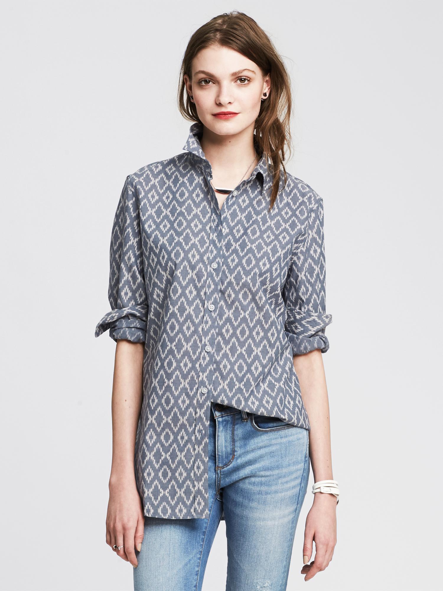 e0884f44054e Lyst - Banana Republic Soft-wash Ikat Chambray Shirt in Blue