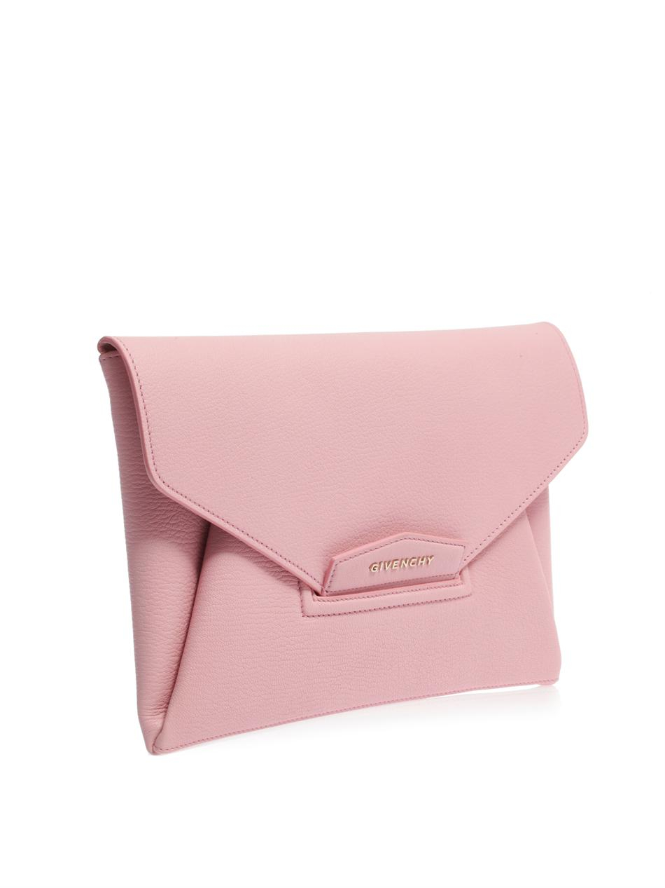 4b3bb43498 Givenchy Antigona Leather Envelope Clutch in Pink - Lyst