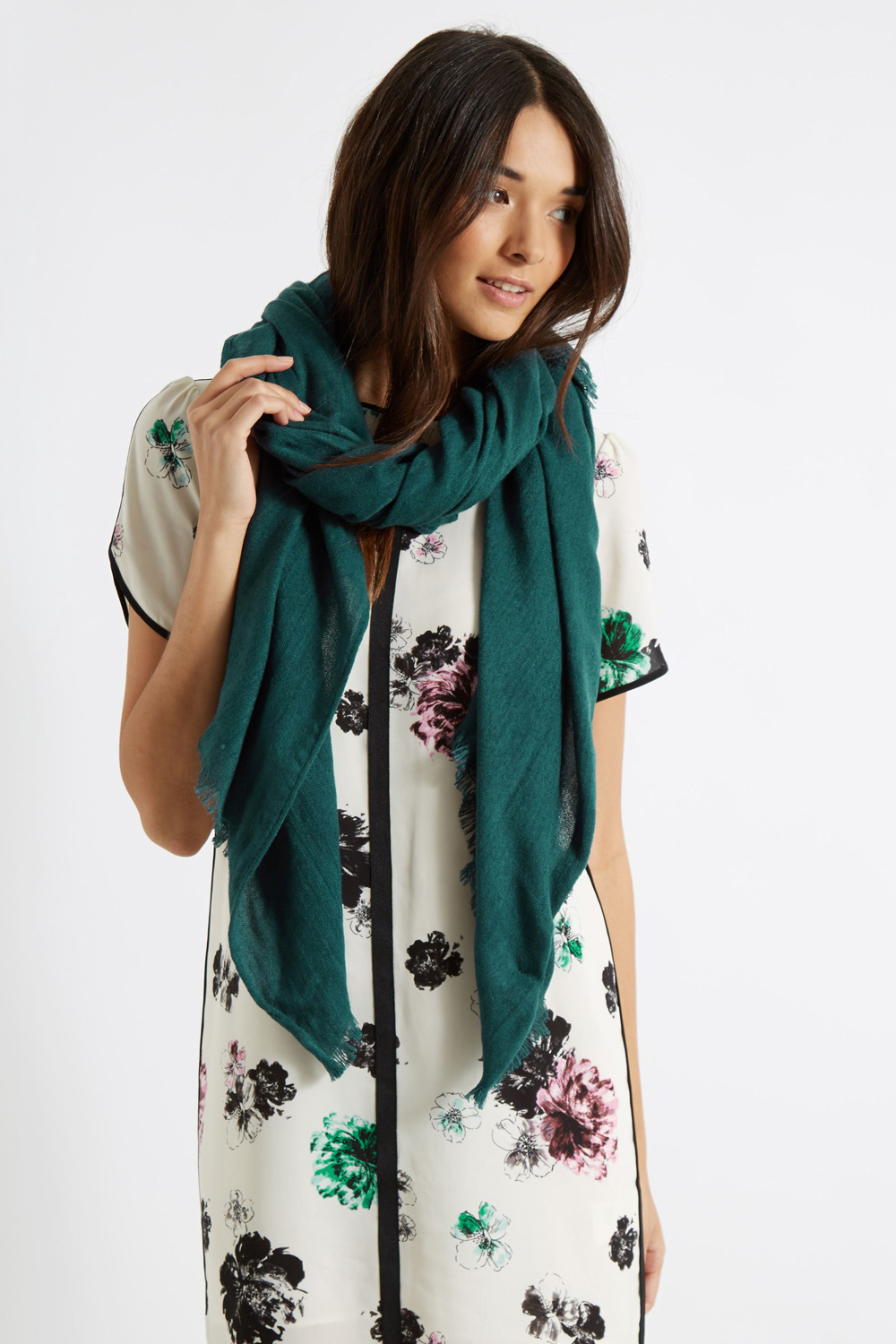 lyst oasis textured scarf in green