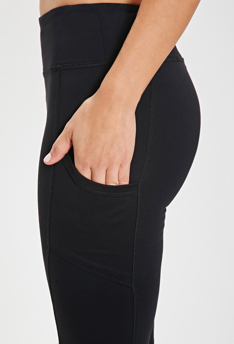 Yoga Capris With Pockets Breeze Clothing