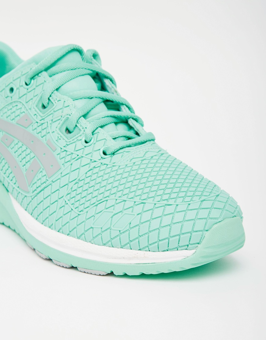 asics women trainers green