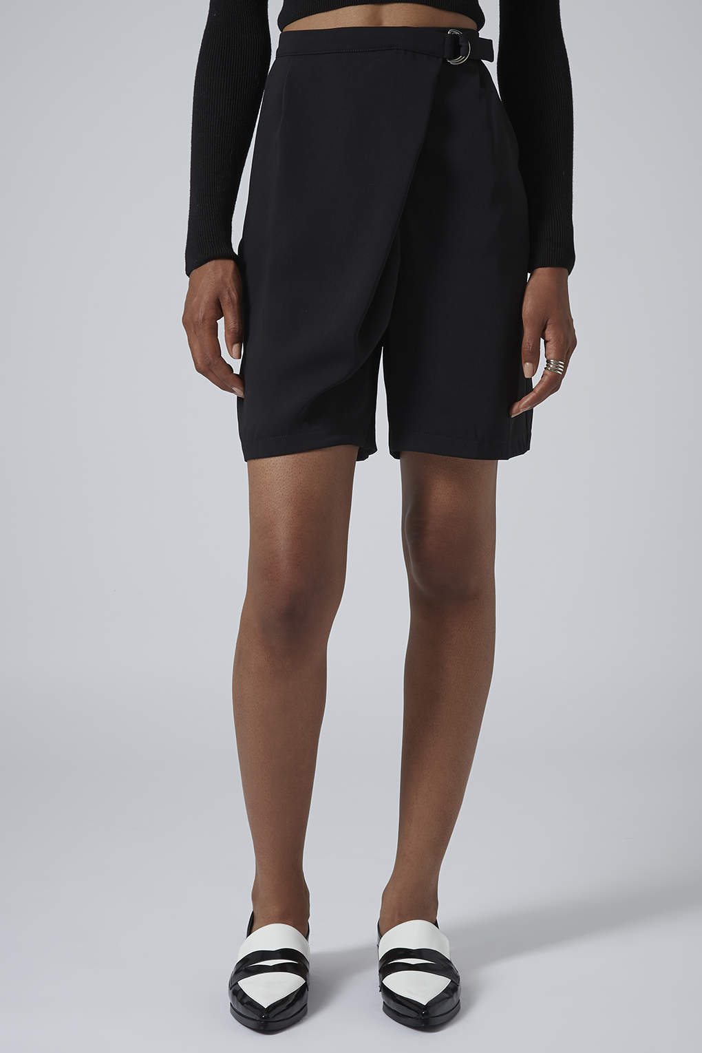 ad0ee7ae59 TOPSHOP Dring Wrap Longline Shorts in Black - Lyst