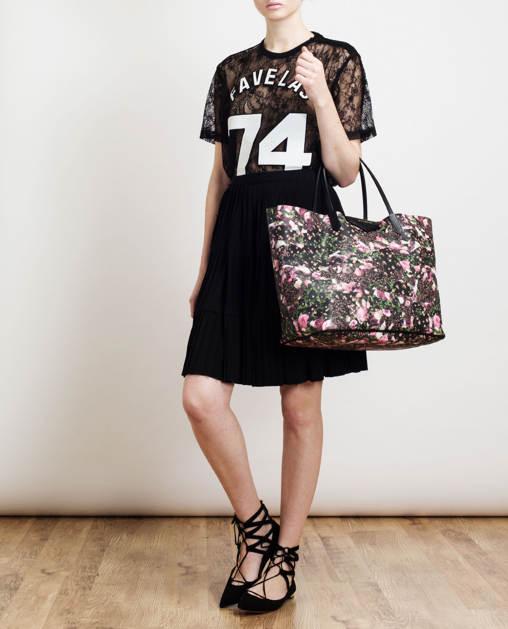 5449bc4e2a Givenchy Antigona Abstract Floral Leather Tote Bag - Lyst