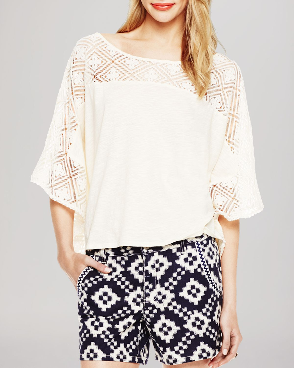 Lyst - Two By Vince Camuto Moroccan Tile Lace Top In White-3378