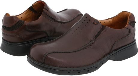 how to break in new leather shoes to prevent blisters
