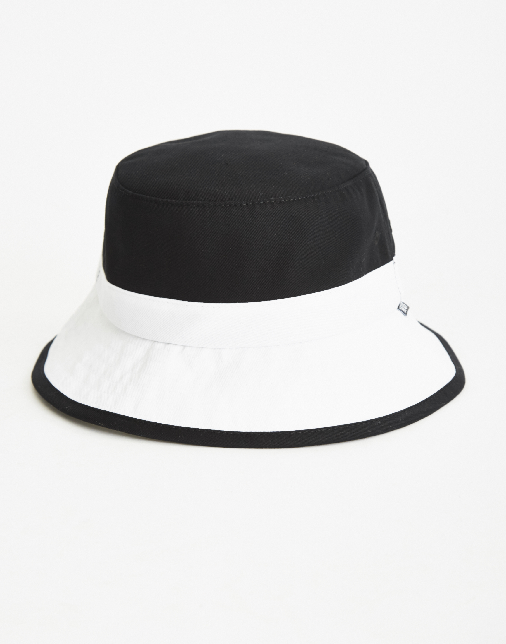a6a5bf5b5ae Huf Colourblock Bucket Hat Black white for Men - Lyst