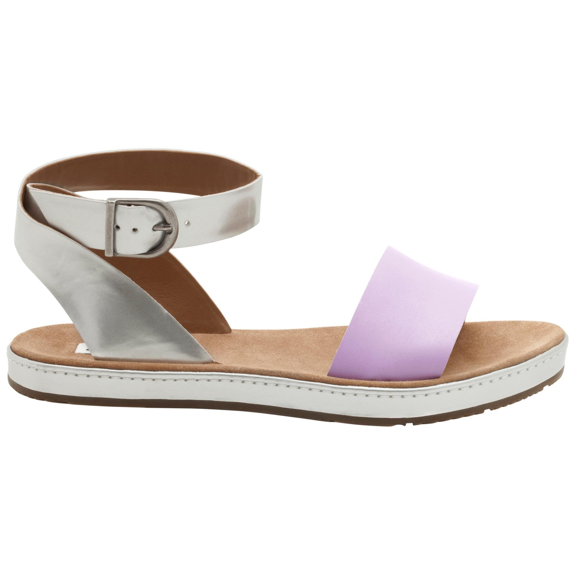 f0429ed4c2cba Clarks Romantic Moon Leather Flat Sandals in Purple - Lyst