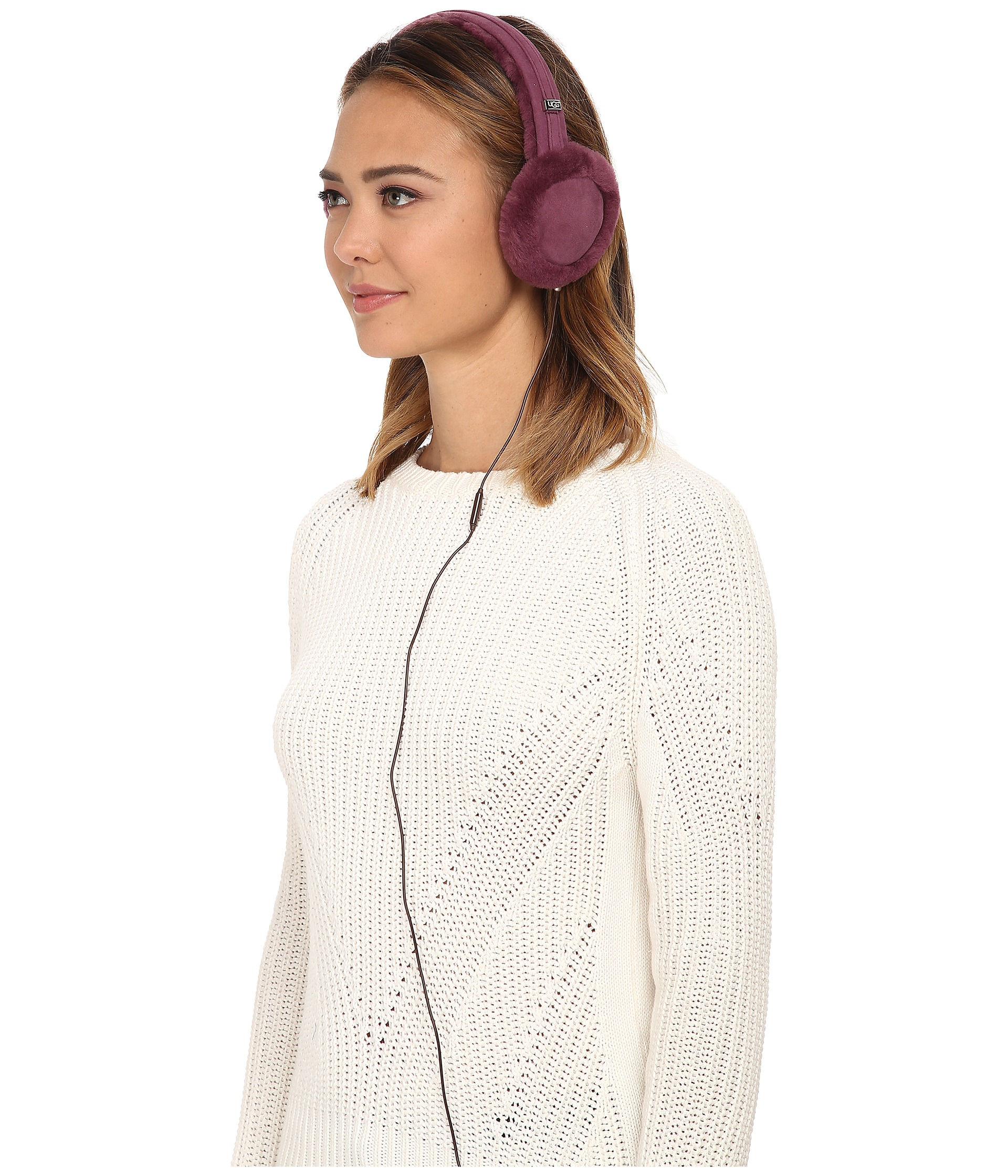 ugg classic earmuff with speaker technology