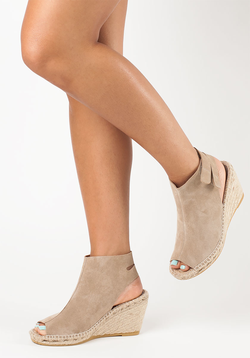 cfc8f23e01c Bettye Muller Natural Download Suede Wedge Sandals