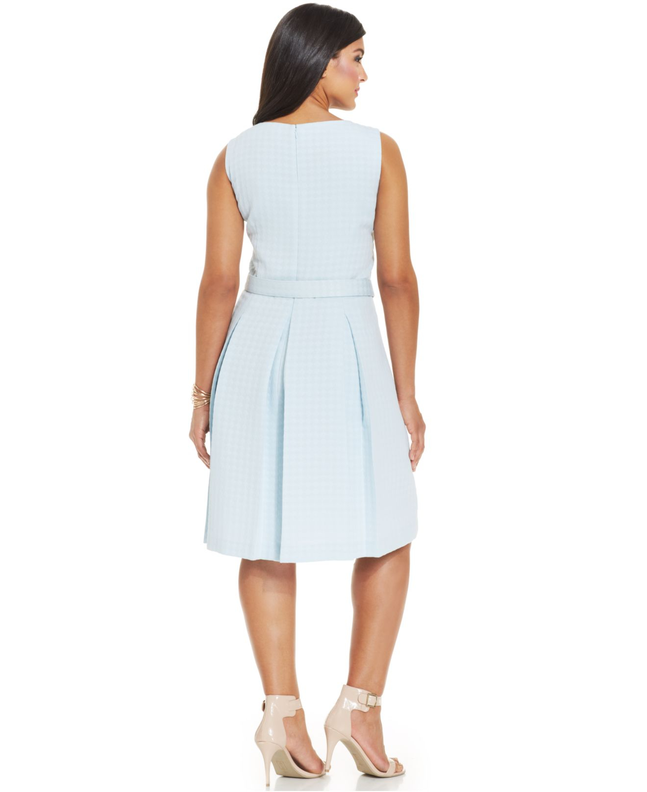 Tahari Asl Plus Size Jacquard Pleated Dress In Ice Blue
