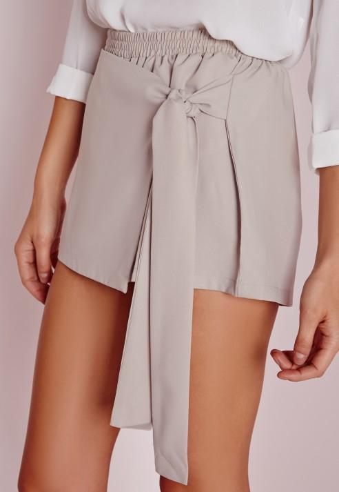 Missguided Wrap Over Tie Skort Grey in Grey