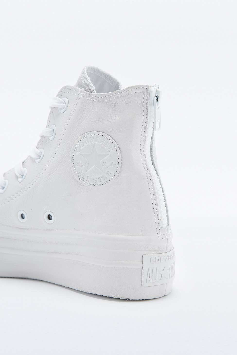 277d75f2c94e Converse Chuck Taylor Black Leather Platform High-top Trainers in ...