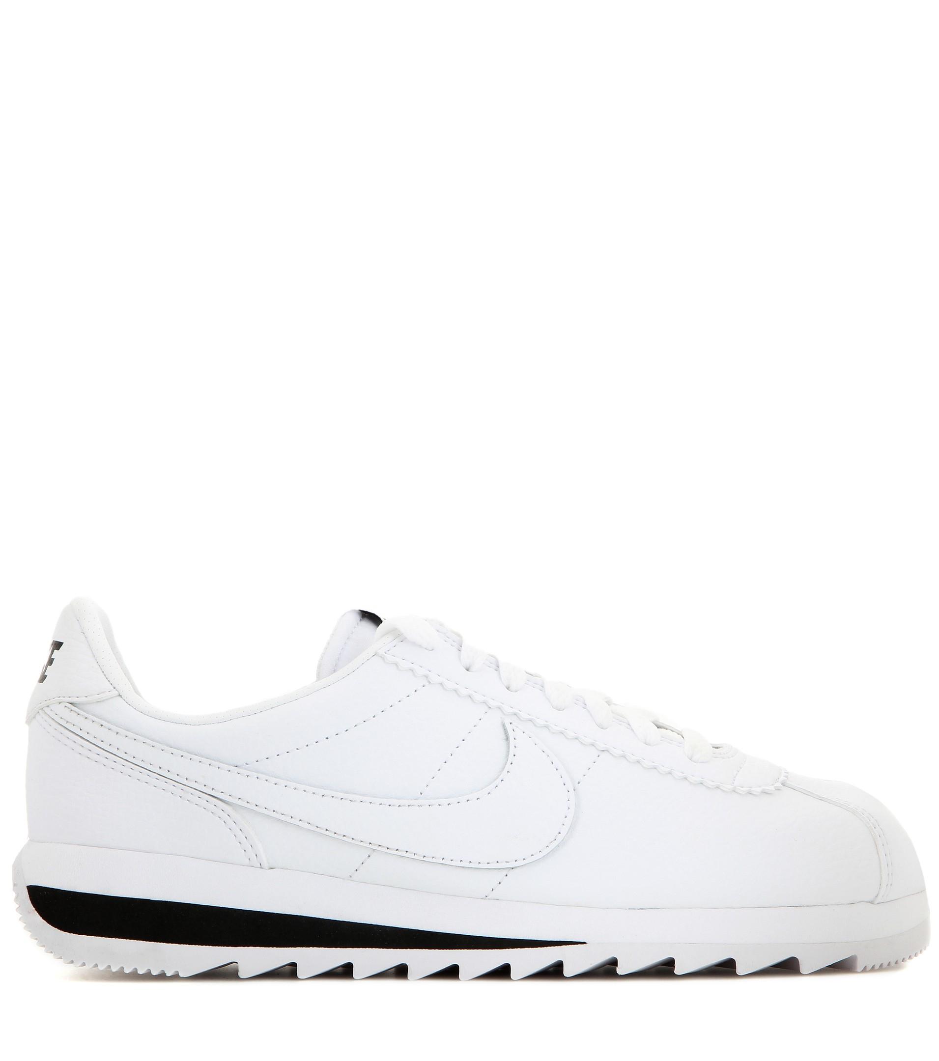 size 40 6e69e 0248d Nike Classic Cortez Epic Premium Leather Sneakers in White - Lyst
