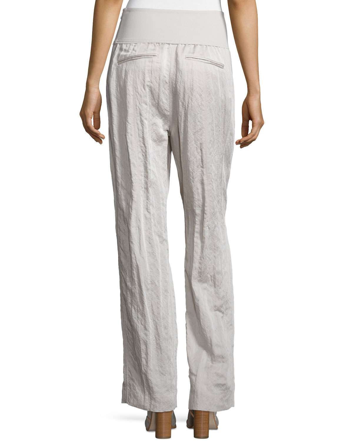 Model Women39s Relaxed Fit Straight Leg Pleated Front Pant  KHAKI KH