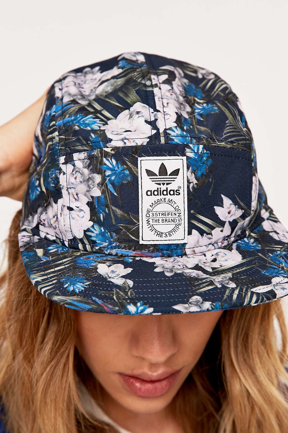 italy adidas hat flower 8b2a1 f61d4 45234350e1a9
